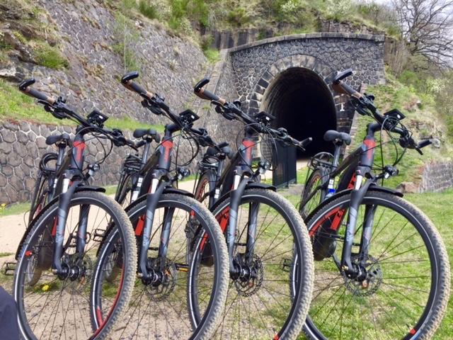 Vélos électriques sur la voie verte du Puy-en-Velay